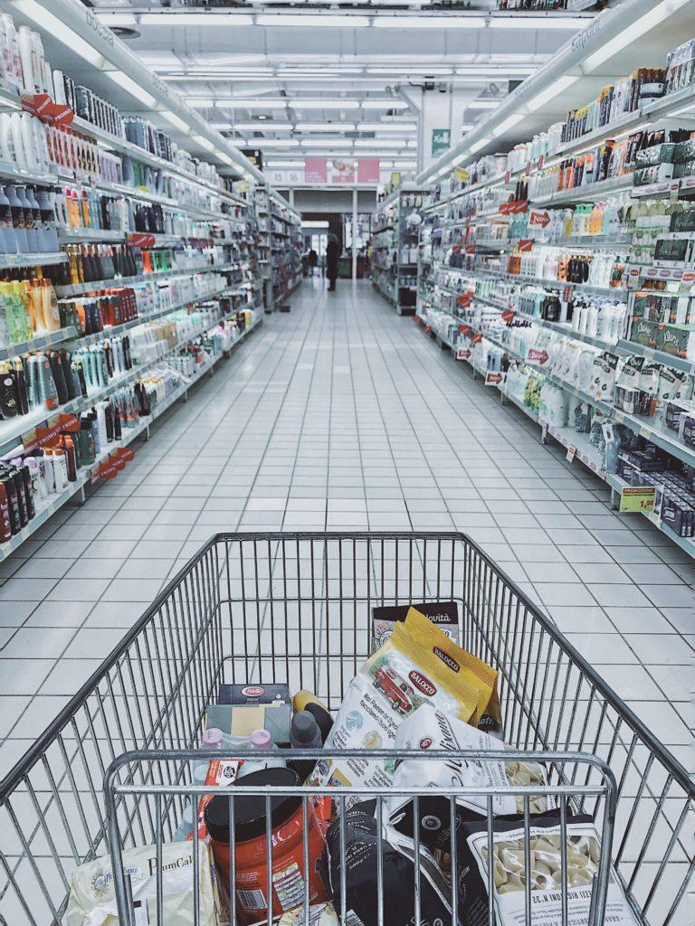 einkaufen mit kleinkind kann schnell zur zerreissprobe werden